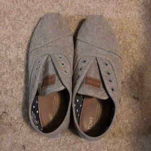 Toms Slip on Sneakers/Laceless